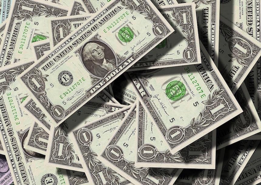 お金に執着する人が幸せになれない理由